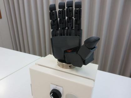 開発中のロボットハンド